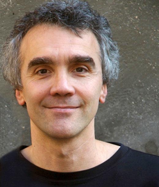 RUMOARE ÎN APE de Marco Martinelli