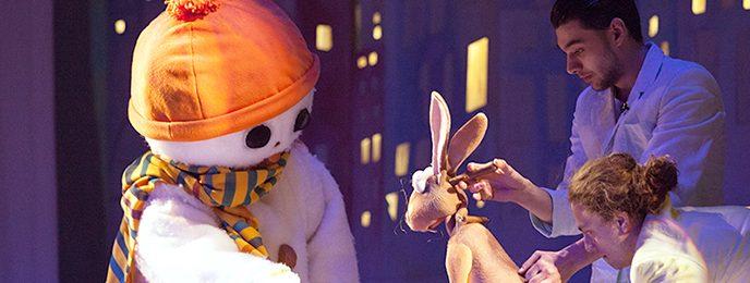 Omul de zăpadă care voia să întâlnească soarele