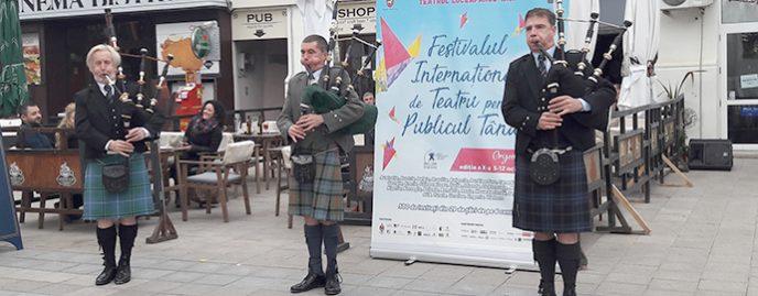 Cimpoierii Loch Katrine Highlanders la FITPTI