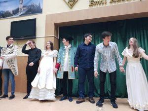 """Festivalul de teatru școlar """"Hai la teatru!"""" reunește peste 600 de elevi-artiști"""