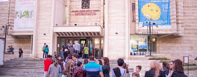 Teatrul Luceafărul, în presa internațională