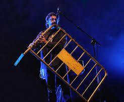 CÂND OBIECTELE ÎNCEP SĂ CÂNTE concert XAVI